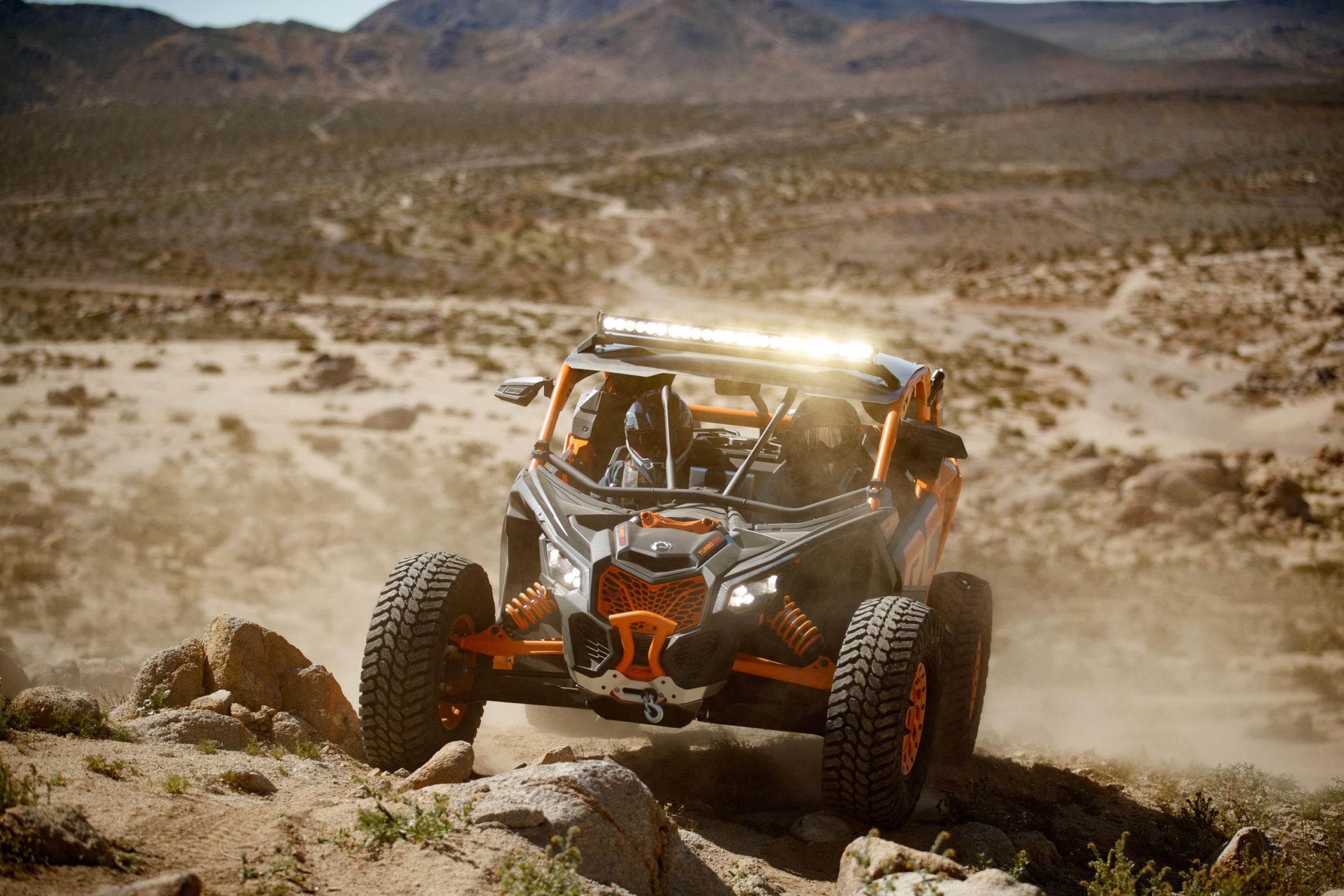 Maverick X3 XRC buggy de Can-am Naranja